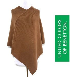 United Colors of Benetton Wool Blend Camel Poncho